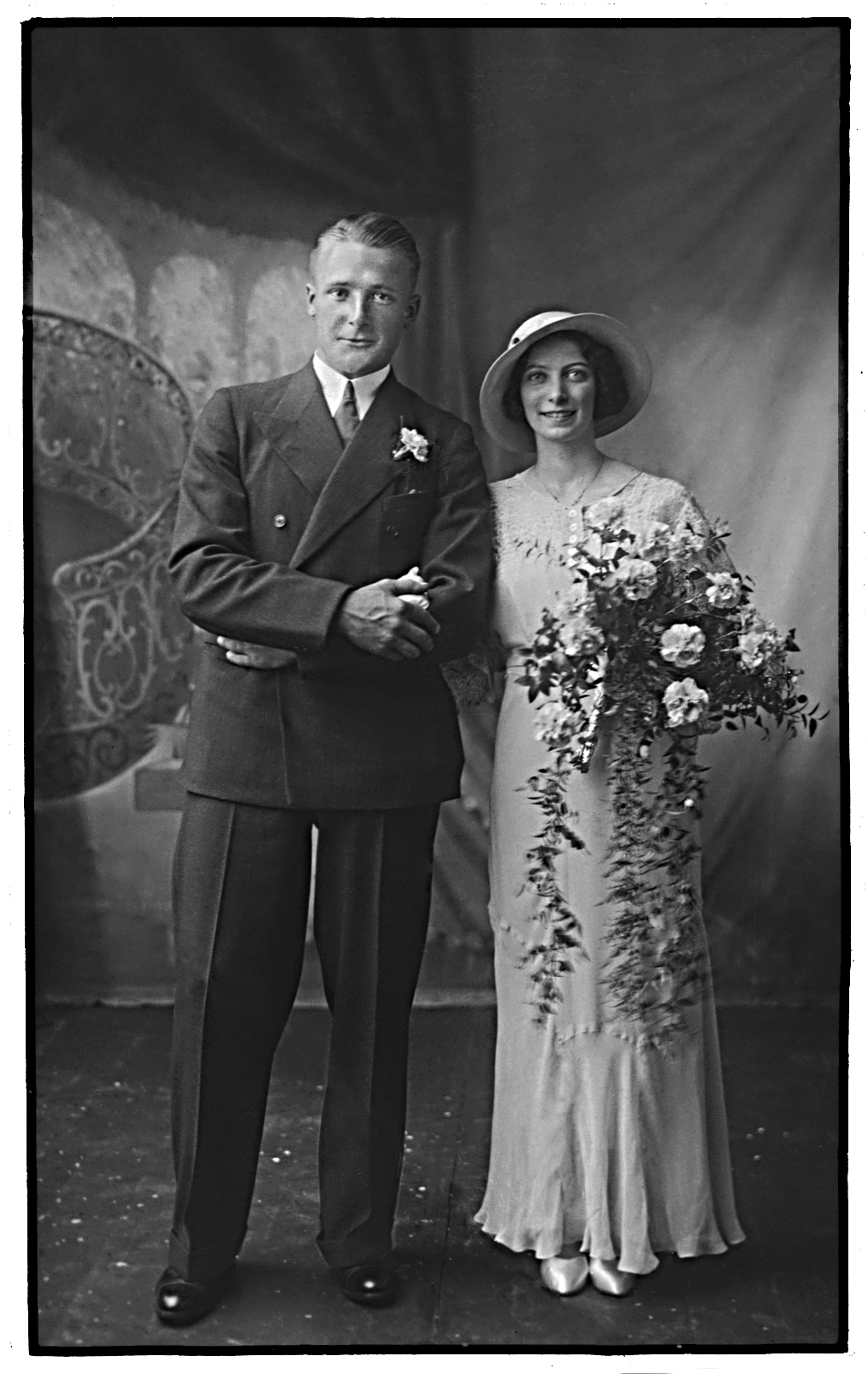 Jimmy and Phyllis Sutherland - edited
