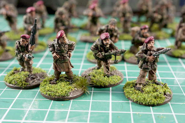 Bolt action Paras Command