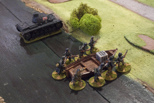 Advance across the river!