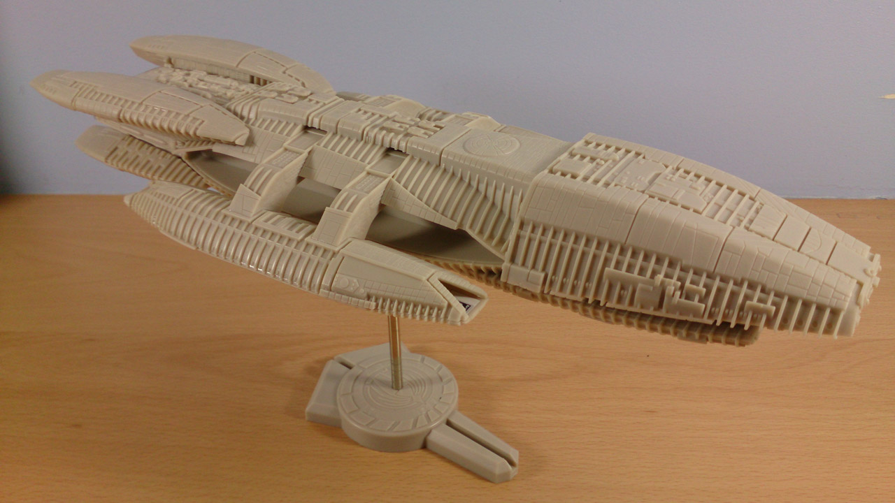Completed Battlestar Galactica Model