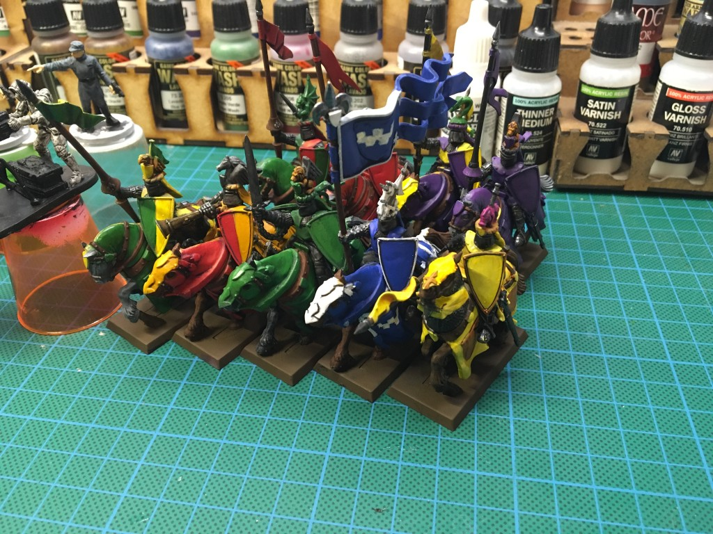 Part painted bretonnian knights